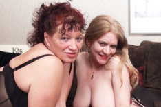 Lesbian Playtime at the Paradice